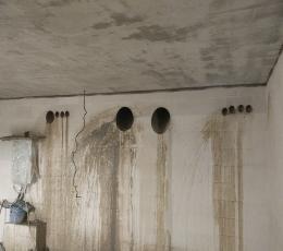 Алмазное сверление отверстий в бетоне под углом для газового котла